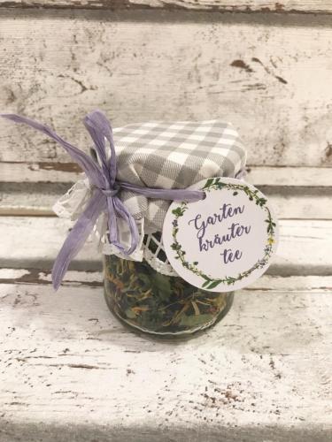 Gastgeschenk: selbstgemachter Tee